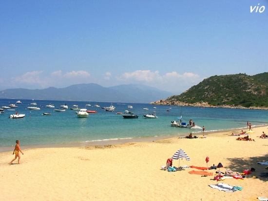 La magnifique plage de Campomoro