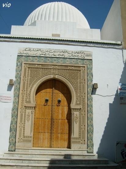 Porte dans la médina de Nabeul
