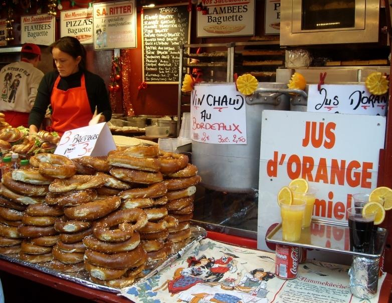 bretzels et jus d'orange chaud au miel et à la cannelle ... Miammm !