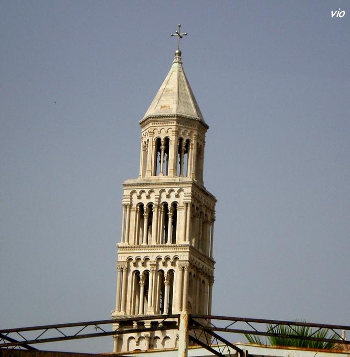 Zoom sur la cathédrale Saint Domnius