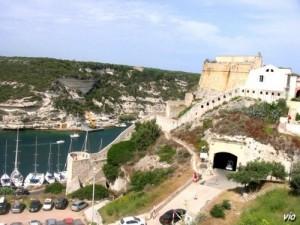 La citadelle de Bonifacio (Corse du Sud)