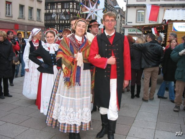 Costumes traditionnels alsaciens