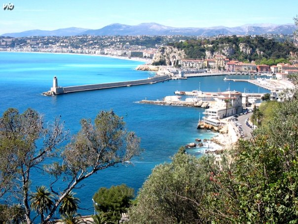 Nice, vue de la moyenne corniche, en direction de Villefranche sur Mer