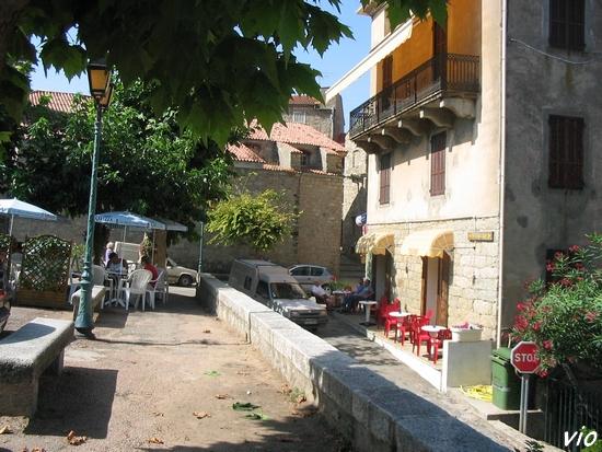 La piazza di l'Ulmù