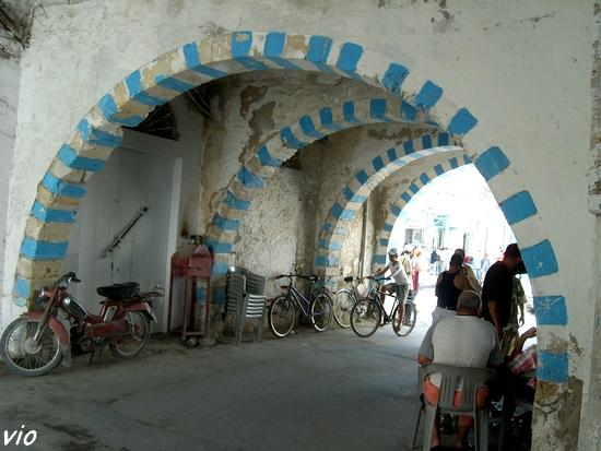 L'un des passages très typique de la Médina
