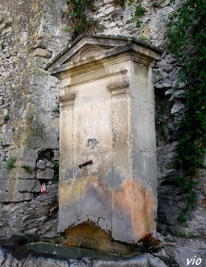 Fontaine à Vaison