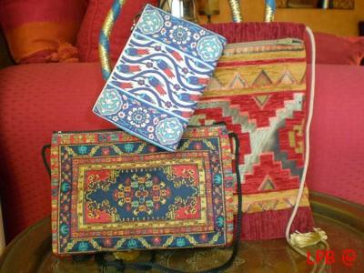 Petites pochettes aux motifs turcs