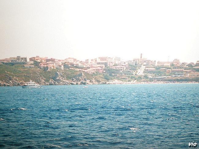 Santa Theresa Di Gallura, vue par la mer