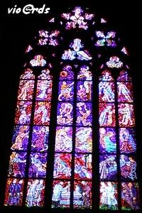 Les Vitraux De La Cathédrale St Guy Rue Du Séjour Pour Les Passionnés De Voyages