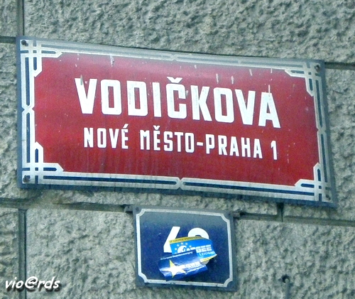 praha-1-nove-mesto-rue-vodickova-mac-en-1992-3-ans-apres-chute-regime
